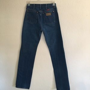 Woman's Wrangler high waisted jeans 3 sizes